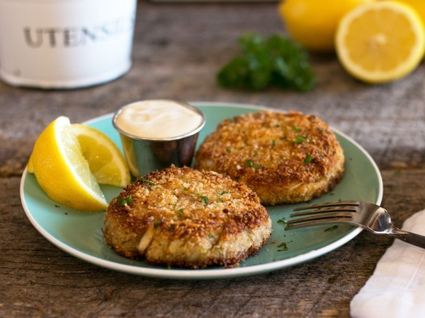 Http Www Foodandwine Com Recipes Baltimore Style Crab Cakes