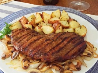 Applebee's Bourbon Street Steak copycat recipe by Todd Wilbur