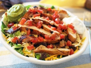 Applebee's Santa Fe Chicken Salad copycat recipe by Todd Wilbur