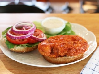 Bennigan's Buffalo Chicken Sandwich copycat recipe by Todd Wilbur