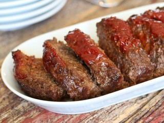 Boston Market Meatloaf copycat recipe by Todd Wilbur