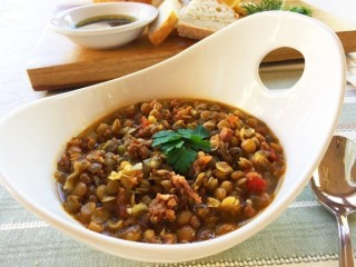 Carrabba's Spicy Sausage Lentil Soup copycat recipe by Todd Wilbur