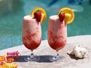 Cheesecake Factory Caribbean Cooler copycat recipe by Todd Wilbur