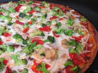 California Pizza Kitchen Vegetarian Pizza copycat recipe by Todd Wilbur