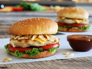 Denny's BBQ Chicken Sandwich copycat recipe by Todd Wilbur