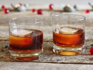DiSaronno Amaretto copycat recipe by Todd Wilbur