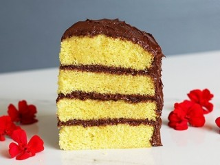 Duncan Hines Moist Deluxe Yellow Cake Mix copycat recipe by Todd Wilbur