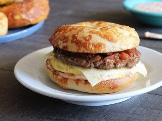 Einstein Bros. Bagels Santa Fe Egg Sandwich copycat recipe by Todd Wilbur