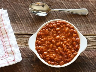 Hard Rock Cafe Bar-B-Que Beans copycat recipe by Todd Wilbur