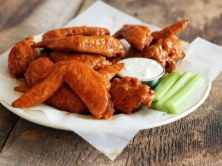 Hooters Buffalo Chicken Wings