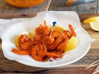 Hooters Buffalo Shrimp copycat recipe by Todd Wilbur