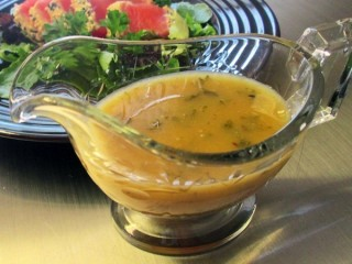 Houston's Honey-Lime Vinaigrette copycat recipe by Todd Wilbur