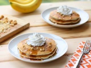 Banana Macadamia Nut Pancakes Recipe