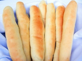 Olive Garden Breadsticks copycat recipe by Todd Wilbur