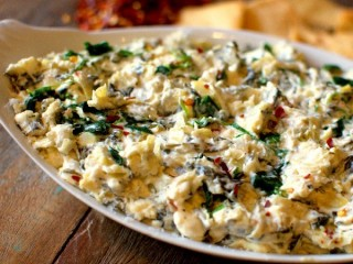 Olive Garden Hot Artichoke-Spinach Dip Reduced Fat/Calorie copycat recipe by Todd Wilbur