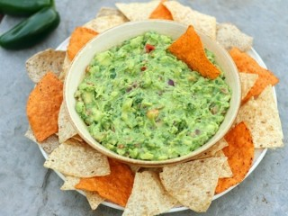 On the Border Guacamole Live! copycat recipe by Todd Wilbur