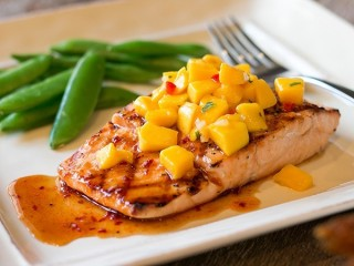 Outback Steakhouse Firecracker Salmon copycat recipe by Todd Wilbur