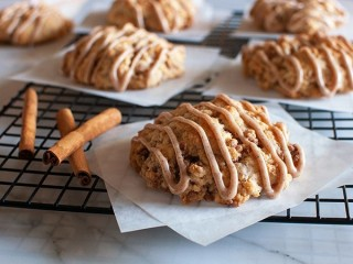 Panera Bread Cinnamon Crunch Scone copycat recipe by Todd Wilbur
