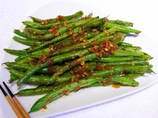 P.F. Chang's Spicy Green Beans copycat recipe by Todd Wilbur