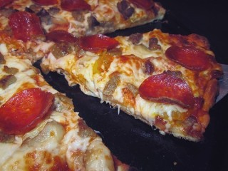 Pizza Hut Triple Decker Pizza copycat recipe by Todd Wilbur