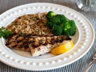 Red Lobster Lemon-Pepper Grilled Mahi-Mahi copycat recipe by Todd Wilbur