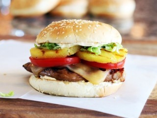 Red Robin Teriyaki Chicken Burger copycat recipe by Todd Wilbur