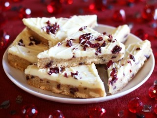 Starbucks Cranberry Bliss Bar copycat recipe by Todd Wilbur