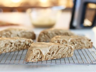 Starbucks Maple Oat Nut Scone copycat recipe by Todd Wilbur