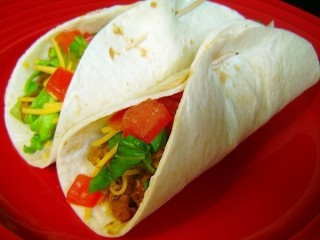 Taco Bell Beef Soft Taco Low-Fat copycat recipe by Todd Wilbur