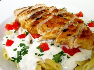 T.G.I. Friday's Dijon Chicken Pasta Reduced Fat copycat recipe by Todd Wilbur