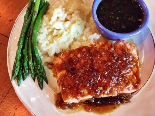 T.G.I. Friday's Jack Daniel's Grill Salmon copycat recipe by Todd Wilbur