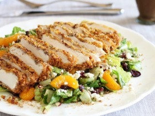 T.G.I. Friday's Pecan Crusted Chicken Salad copycat recipe by Todd Wilbur
