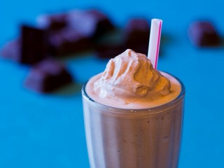 Wendy's Classic Chocolate Frosty (Improved) copycat recipe by Todd Wilbur